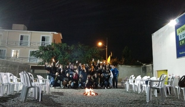 Around the fire - Norte (1) (640x360)