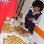 pizzanight3-20110420142637.JPG